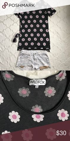 Floral Wildfox Couture Tee / Tunic Wildfox Couture Tee / Tunic. Grey with Floral Design. Excellent Condition. Size S Wildfox Couture Tops Tunics