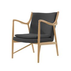 The Anders Chair references the re-assuring solidity of mid-century American modernism and the fresh clean lines of Scandinavian furniture in its structure. This successful combination of influences ensures this chair is timeless, fitting into a modern in