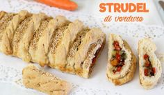STRUDEL SALATO DI VERDURE Hot Dog Buns, Hot Dogs, Strudel, Baked Potato, Sushi, French Toast, Food And Drink, Potatoes, Bread