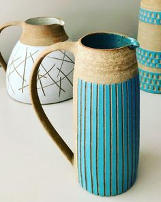 Read the original post below by ・・・ Stoneware jug with slipped stripes Thrown Pottery, Slab Pottery, Ceramic Pottery, Pottery Art, Ceramic Pitcher, Ceramic Tableware, Ceramic Clay, Sgraffito, Keramik Design