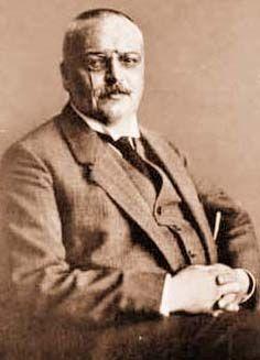 Alois Alzheimer  (1864-1915)  German professor of psychology
