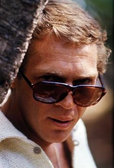 Steve McQueen………………..For more classic 60's and 70's pics please visit and like my Facebook Page at https://www.facebook.com/pages/Roberts-World/143408802354196
