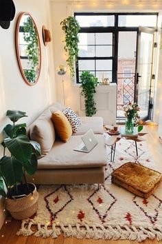 33 of the best modern boho living room ideas across the internet to give you inspiration in your next decorating project. home decor cozy living rooms small spaces Modern Boho Living Room Ideas - Nikola Kosterman Home, Modern Boho Living Room, Apartment Living Room, Living Room Interior, House Interior, Apartment Decor, Interior Design Living Room, Living Design, Living Room Designs