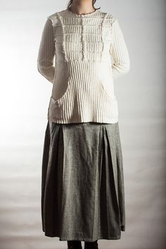 Linen-knit blouse and tweed skirt / Oksana Solovaya