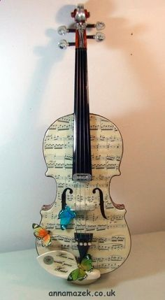 Violin - Hear me with your heart by Anna Mazek. Giving a broken violin another way to sing.... tags: Anna Mazek, violin, art, vintage