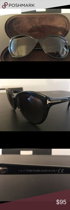 Tom Ford sunglasses Used but like new ! Super cool atom Ford sunglasses. No visible scratches,comes with case! Tom Ford Accessories Sunglasses