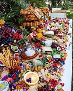 Top 10 Grazing tables for your event. Top 10 Grazing tables for your event. Plateau Charcuterie, Charcuterie Platter, Charcuterie And Cheese Board, Charcuterie Ideas, Meat Platter, Party Food Platters, Cheese Platters, Catering Display, Catering Food