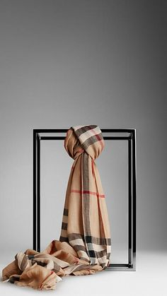 Sciarpa in mussolina Giant check | Burberry