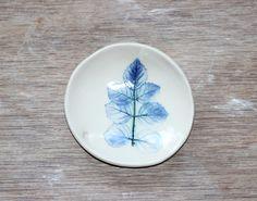 Leaf imprint with cobalt decoration by Elke Lucas Ceramics
