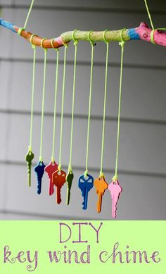 A cheap and easy craft that is simple enough for kids to make! This recycled key wind chime can be given as a gift or hung up as decor on your own balcony or porch. Share this craft project with your friends and family on Facebook, Pinterest, or Twitter!