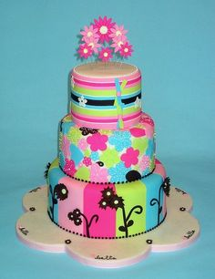 Baby shower cake - you could change up the colors depending on boy or girl!