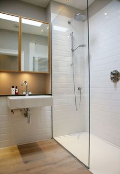 Shower Room - Fixed glass panel and shower tray set flush with floor Small Wet Room, Small Shower Room, Small Showers, Shower Rooms, Attic Shower, Shower Walls, Loft Bathroom, Bathroom Flooring, Modern Bathroom