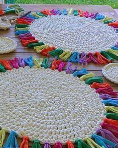 natural jute twine rope cord non polished gift wrap packaging eco friendly hemp yarn 100 g 55 – Artofit Crochet Carpet, Crochet Home, Crochet Crafts, Crochet Mandala Pattern, Tapestry Crochet, Crochet Patterns, Crochet Round, Love Crochet, Knit Crochet