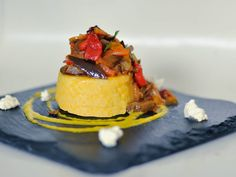 The national dish of Moldova is Mamaliga (Mămăligă). Why not make this Polenta with vegetable stew on August 27 when Moldova celebrates their independence day. Here's what our country che Eastern European Recipes, European Cuisine, Vegetable Stew, Vegetable Dishes, Romanian Food, Romanian Recipes, National Dish, Muffin Mix, Thinking Day