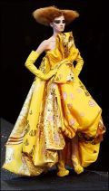 This is the kind of extravagance we got SO used to seeing from DIOR in the golden age of Galliano fashion, which is no more! BBUUUHHUUU!     Anyways, this gown inspired me sooooo much that I made a couture bag especially for this gown in the color scheme and extravagance in swarovski and pearl adornments!