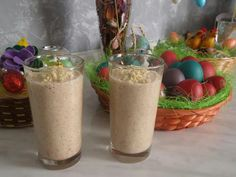 Morning smoothie! Start your day with a fresh apple smoothie with a little cinnamon flavor and pieces of almonds:-)