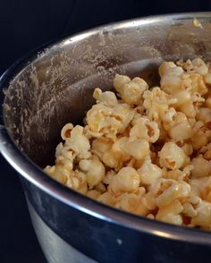 This caramel popcorn is so easy to make - with the caramel made in the microwave - and is seriously one of my favorite snacks! #lmldfood