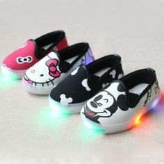 7052c5e95 2017 New Hello Kitty Children Light Shoes For Girls Baby Canvas Sneakers  Mickey LED Sneaker Kids Shoe For Boys Chaussure Enfant-in Sneakers from  Mother ...