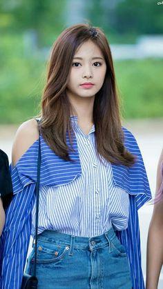 Tzuyu - Twice Kpop Girl Groups, Korean Girl Groups, Kpop Girls, Nayeon, Korean Beauty, Asian Beauty, Asian Woman, Asian Girl, Twice Tzuyu