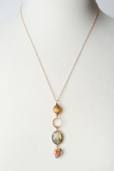 Baguette Diamond Pendant in Solid Gold / Dainty Diamond Necklace / Round Disc Pendant Baguette / Gold Necklace / Birthday Gift for Her - Fine Jewelry Ideas Jewelry Gifts, Fine Jewelry, Handmade Jewelry, Jewelry Making, Making Bracelets, Craft Jewelry, Homemade Necklaces, Dainty Diamond Necklace, Diamond Earrings