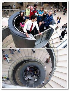 3f2bf9e3d 80 melhores imagens de Loja sapatos | Staircases, Banisters e ...