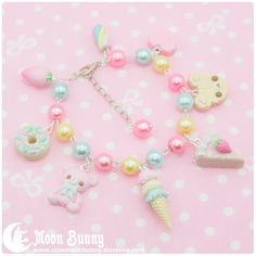 ~ Dreamy candy Bracelet~ Bracelet length:18 cm + 4 cm (extend chain) We've made our best to portray the colors of jewelry as accurately as possible, however colors will vary with individual monitors and subject to individual opinion.