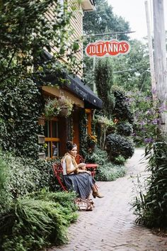 Julianna's Cafe | Inman Park, Atlanta, Georgia. Definitely on our list of where tos! #ImagineMedia