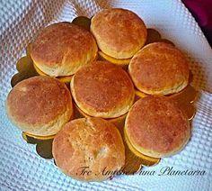 Panini al formaggio Panini, Pancakes, Breakfast, Food, Morning Coffee, Essen, Pancake, Meals, Yemek