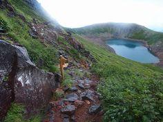 三ノ池。御嶽山・五池巡り 北アルプス登山ルートガイド。Japan Alps mountain climbing route guide