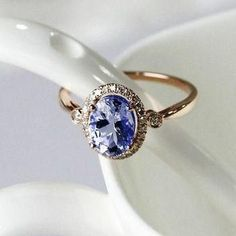 Unique engagement rings under $1,000: love this rich blue tanzanite ring