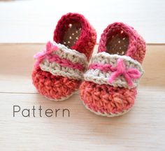 Alana Flats Baby booties :)  Cute little shoes for a little baby girl! #susiejcrochet