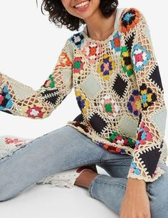 We have knitted more than the cardigan of this model 🥰 It is very beautiful as a blouse ❤️ Ã . Crochet Woman, Crochet Lace, Free Crochet, Crochet Designs, Crochet Patterns, Diy Crafts Crochet, Rainbow Crochet, Crochet Cardigan, Crochet Clothes