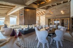 Luxor Chalet, a balanced cottage between silky materials and geometric shapes - CAANdesign