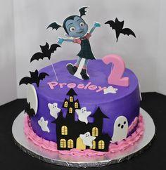 Vampirina Cake by Cecy Huezo.  www.delightfulcakesbycecy.com 21st Birthday Themes, 3rd Birthday Cakes, Third Birthday, 2nd Birthday Parties, Birthday Gifts, Bolo Halloween, Halloween Birthday, Halloween Cakes, Festa Hotel Transylvania