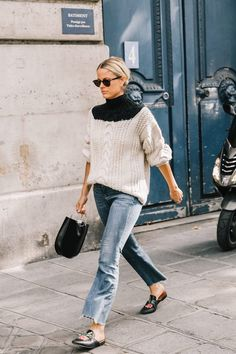 Parisienne: Flats With Jeans