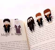 Oh my cuteness! Harry Potter Magnetic Bookmarks by craftedvan on Etsy, $7.95