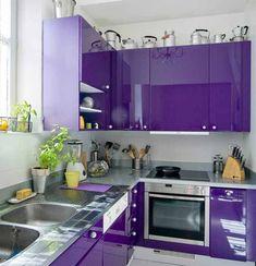 Purple kitchen interior design and decor inspiration Purple Kitchen Designs, Purple Kitchen Decor, Kitchen Cupboard Designs, Kitchen Room Design, Modern Kitchen Design, Home Decor Kitchen, Interior Design Kitchen, Home Design, Kitchen Furniture