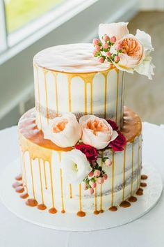 64 Yummy And Trendy Drip Wedding Cakes | HappyWedd.com #PinoftheDay #Yummy…