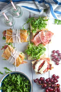 These Prosciutto Picnic Sandwiches are an easy and delicious European-style lunch. Fresh baguette is topped with salty prosciutto, creamy brie, fresh and peppery arugula, and sweet fig compote. Sandwich Bar, Baguette Sandwich, Sandwich Recipes, Prosciutto Recipes, Paninis, Wrap Sandwiches, Brunch Recipes, Picnic Recipes, Coffee Time