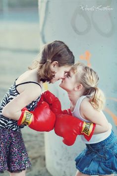 Boxing Club, Boxing Girl, Kids Boxing, Little Girl Photography, Children Photography, Haley Williams Hair, Kids Girls, Little Girls, Sting Like A Bee