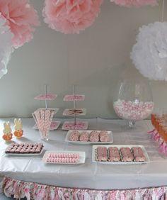 Zo'n mooi gedekte tafel is toch een feestje?  www.kraamfeestwinkel.nl  Tot zo!