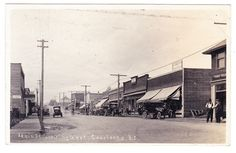 BC – COURTENAY, View of Main Street Looking West c.1920 RPPC