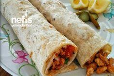 Tavuk Tantuni Yapımı (videolu) Tarifi Turkish Chicken, Turkish Recipes, Ethnic Recipes, Chicken Fajitas, Homemade Beauty Products, Bento Box, Kfc, Fresh Rolls, Food And Drink