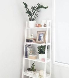 Home Decor 7717151292 Excellent inspirations to plan a striking home decor on a budget decoration Inspiring Home decor tips shared on this fun day 20190327 Ladder Shelf Decor, Ladder Shelves, Apartment Decorating On A Budget, Apartment Design, Bedroom Decor On A Budget, Apartment Entryway, Diy Bedroom, Entryway Decor, Freedom Furniture