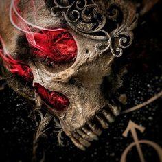 She skull 🌹 Arte Horror, Horror Art, Dark Fantasy Art, Dark Art, Style Punk Rock, Skull Rose Tattoos, Skull Reference, Badass Skulls, Brust Tattoo