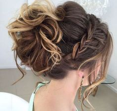 Prom Hairstyles for Medium Hair Easy