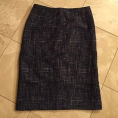 """Banana republic blue tweed skirt size 4 Worn once. In perfect condition. Lined inside. Zips in the back. Small slit in the back. Length 24.5"""" width at waist when laying flat is 14.5"""" Banana Republic Skirts"""