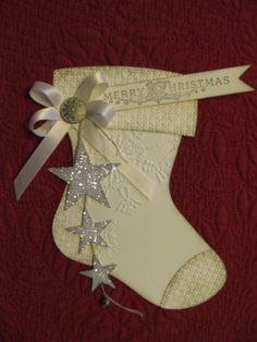pretty colors and decor  also entire board http://www.pinterest.com/diannsanderson/christmas-cardswintertrees/