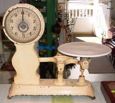 Vintage Jacobs Bros grocery store scale ca Old Kitchen, Kitchen Decor, Primitive Kitchen, Shabby, Vintage Love, Retro Vintage, Vintage Stuff, Old Scales, Art Nouveau