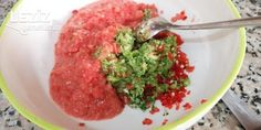 Acılı Ezme (Diyarbakır Usulü) Holiday Cookies, Kebab, Salsa, Mexican, Beef, Hot, Ethnic Recipes, Garnishing, Onions